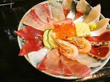 【海鮮いづつ】大分県別府市で安くて美味しい海鮮丼が食べられる人気店!鮮魚店直営だからネタが新鮮!