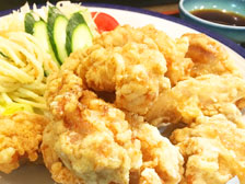 iichikoグランシアタ近くのおすすめランチスポット!和食料理「花邨(はなむら)」で鳥天定食を食べてきた!