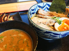 オープンしたばかりの「つけ麺らー麺 まる中」で濃厚鶏白湯つけ麺を食べてきた![大分市毛井]