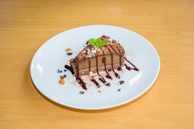 アボカドのチョコレートケーキ
