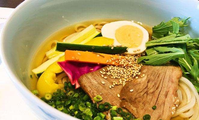 創作冷麺 料理画像 写真