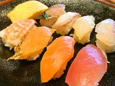寿司盛り合わせ 画像