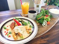 大分肉カフェパブロのランチ写真
