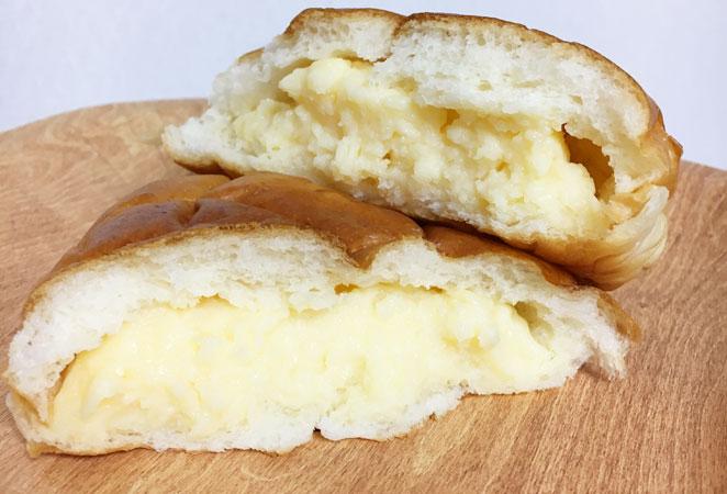ベーカリーはやしのクリームパン