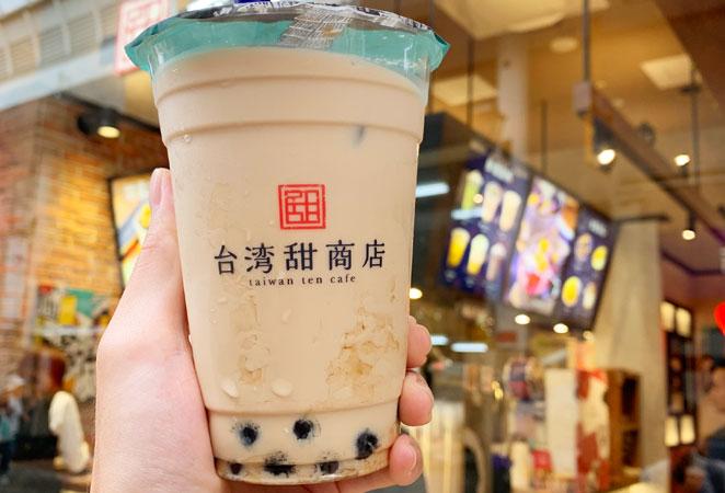 台湾甜商店大分オーパ店のタピオカミルクティー